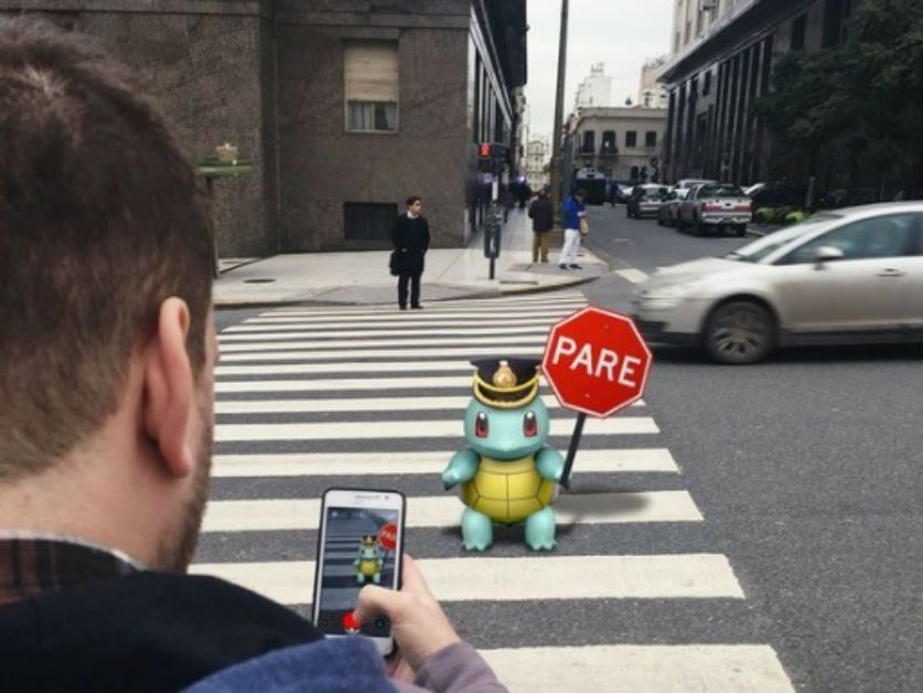 como pokemon go amenaza la seguridad vial