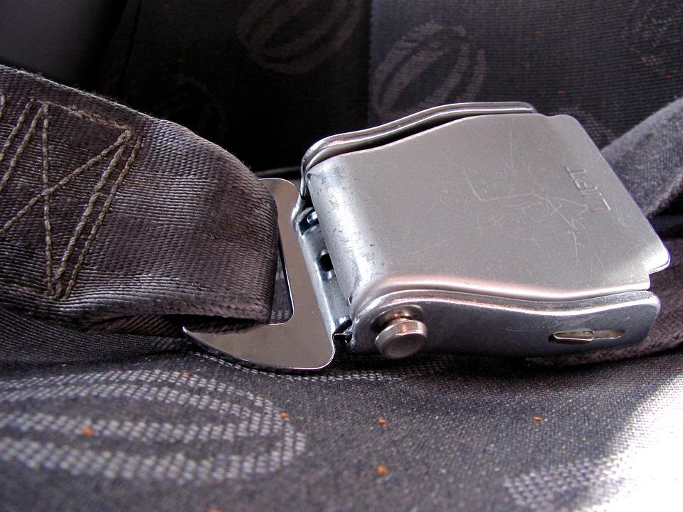 Cómo usar correctamente el cinturón de seguridad